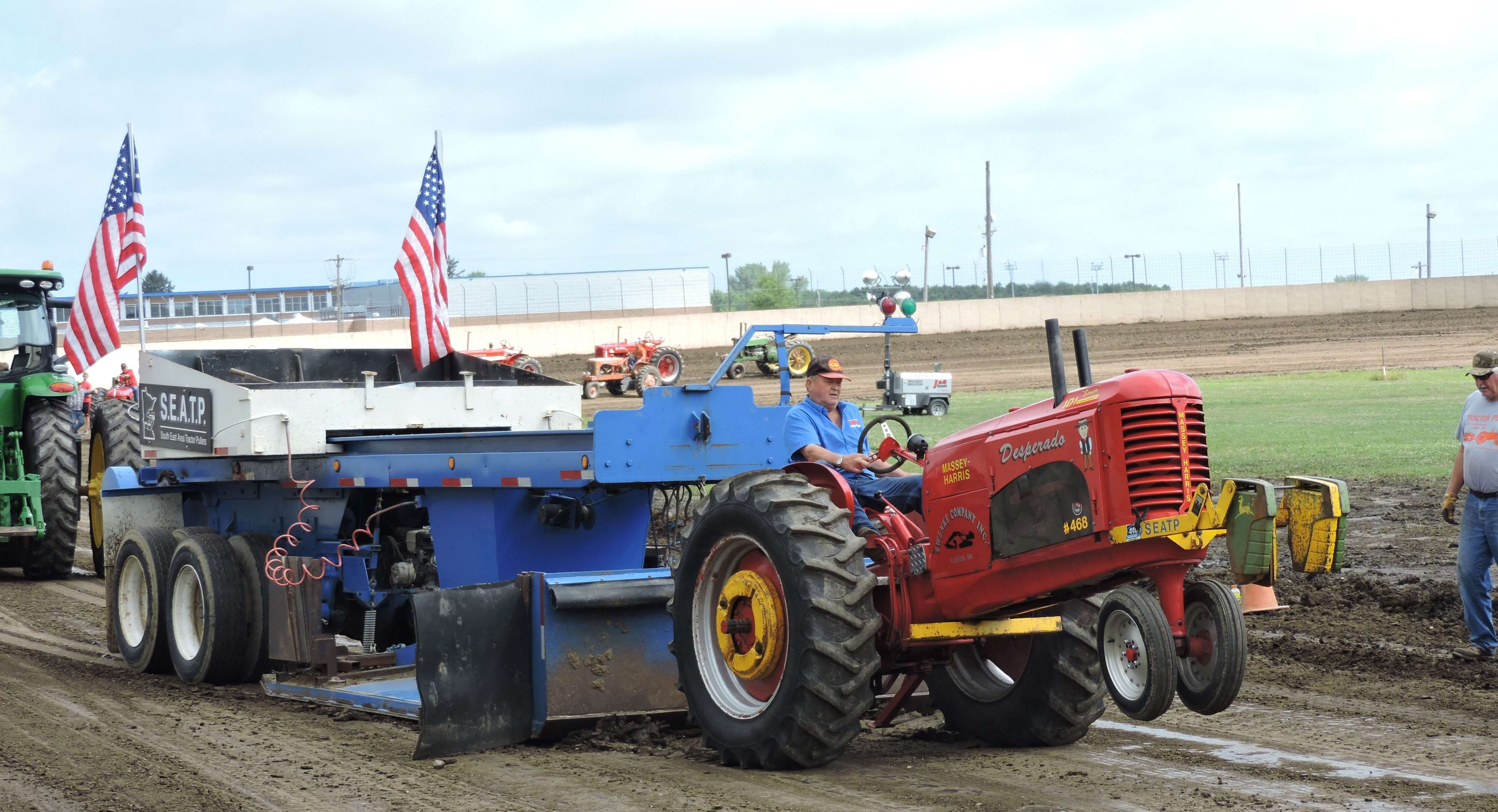 FREE Antique Tractor Pull